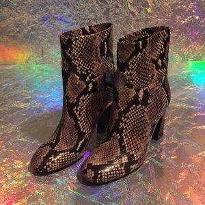Tory Burch Devon snakeskin boots size 7, like new!